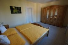 Schlafzimmer 2 groß