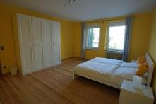 Schlafzimmer gelb 3 groß